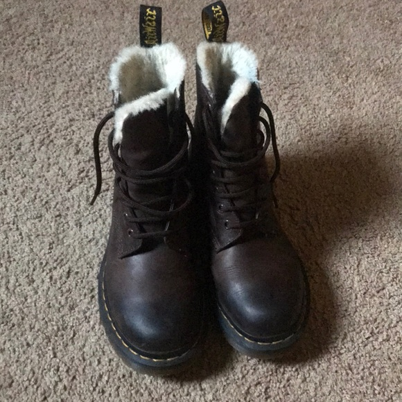 e7b59d585308 Dr. Martens Shoes - Women s Serena Burnished Wyoming (fur lined)